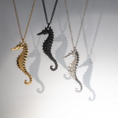 Flooid Seahorse Pendant