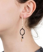 stick-hoop-earrings-gold-gunmetal-model